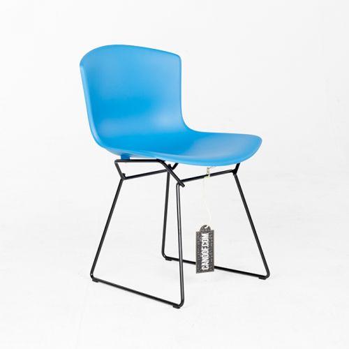 Knoll Bertoia Plastic Chair blauw