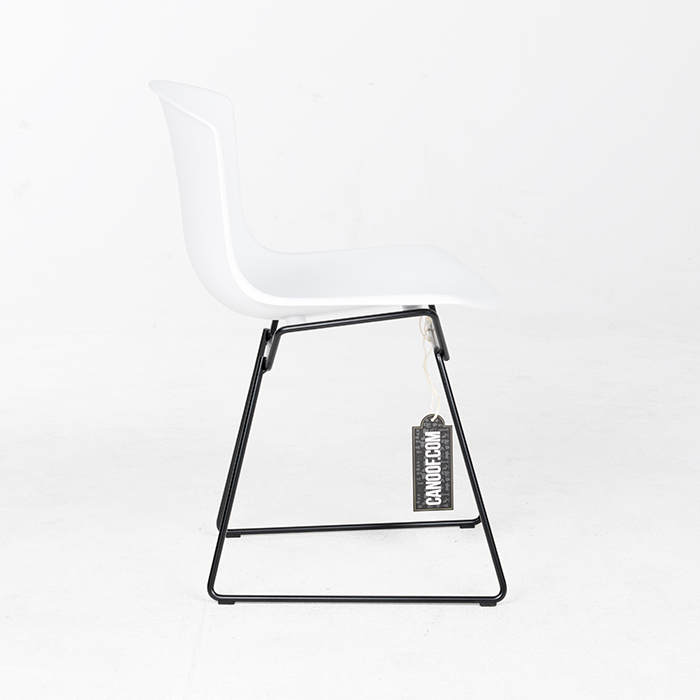 Knoll Bertoia Plastic Chair wit