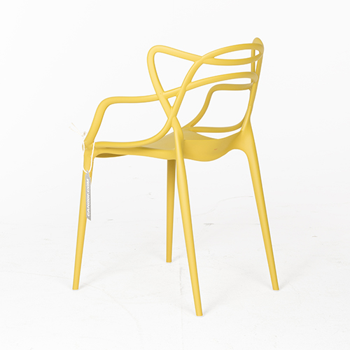 kartell master chair geel
