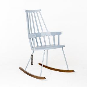 Kartell Comback ijsblauw schommelstoel