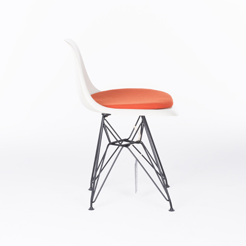 Herman Miller Lowback Fiberglass Chair wit