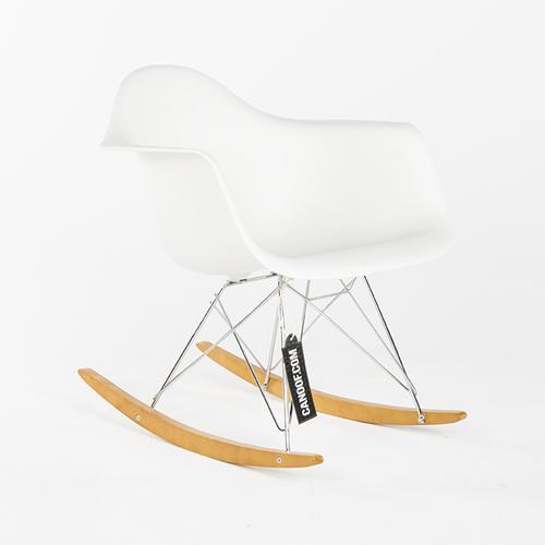 Vitra schommelstoel wit