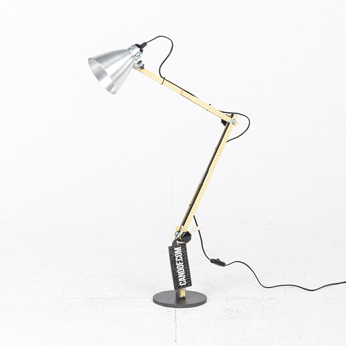 DHPH Tool Desk Light