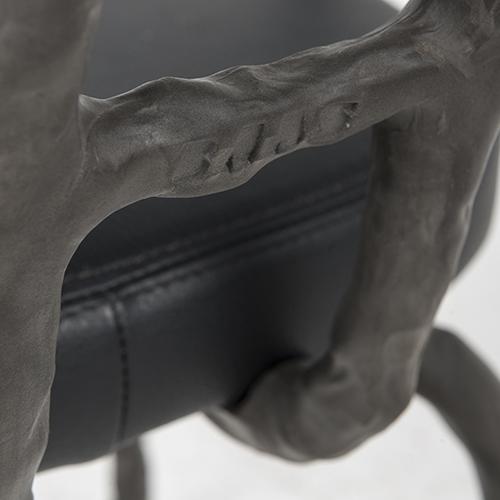maarten baas plain clay dining chair arm antraciet
