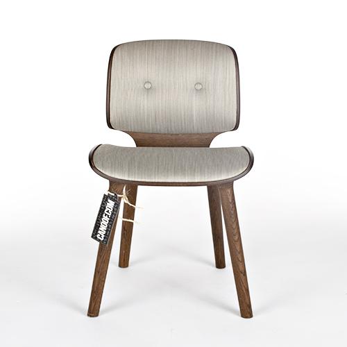 mooi nut stoel lichtgrijs