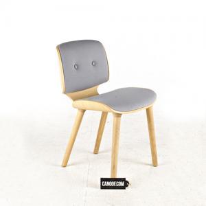 moooi nut stoel lichtgrijs white wash frame
