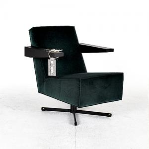 spectrum press room chair groen