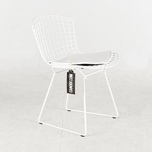knoll bertoia side chair wit
