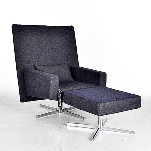 moooi jackson chair en footstool blauw