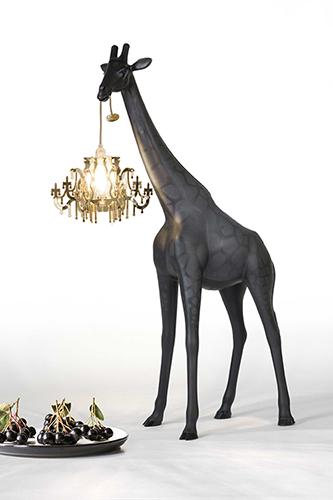 qeeboo giraffe
